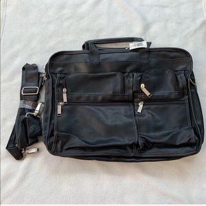 Other - BRAND new w/tag black laptop case for women or men